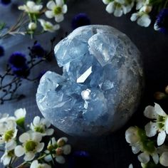 Crystals are heartspace healing manifestation-boosting sacred practice empowering magical tools. You gotta luv em! Crystals Minerals, Rocks And Minerals, Crystals And Gemstones, Stones And Crystals, Gem Stones, Wicca, Magick, Witchcraft, Magical Jewelry