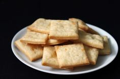 cheese crackers | bakeologybylisa.com