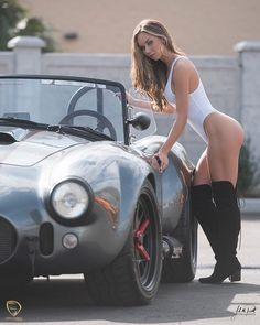 Oh, there's a pretty lady too 😁 Ford Mustang, Ford Shelby, Sexy Autos, Pin Up, Chica Fantasy, Ac Cobra, N Girls, White Girls, Us Cars