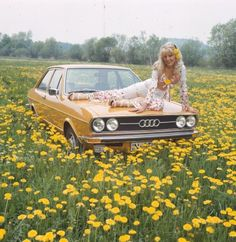 The Audi 80 was boring and plain, even putting a woman on the hood did not help.