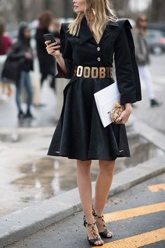 How To Wear Belts 9 Ways to Wear All Black Without Feeling Like You#x2019;re Going to a Funeral via @PureWow - Discover how to make the belt the ideal complement to enhance your figure.