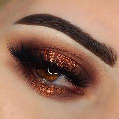 """Penelope"" Halo Eye ✨  @sugarpill ""Penelope"" loose shadow.  @anast... | Use Instagram online! Websta is the Best Instagram Web Viewer!"