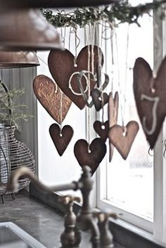 2013 Christmas window decor,  Christmas brown hanging love shape ornament, 2013 Christmas interior window decor idea #2013 #Christmas #window #decor www.loveitsomuch.com