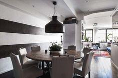 Dining/ Keltainen talo rannalla:
