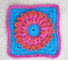 """Promise Petals 9"""" square, pattern by Margaret MacInnis ~ free pattern"""