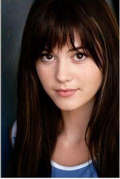 Mary Elizabeth Winstead - Cousin Fenella? She looks like a Lowe.
