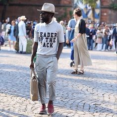 """artcomesfirst: """" whisperwildnothings: """" #streetstyle #menstyle #menswear #pittiuomo #pitti86 #pitti #swaggernotswag #swagger #streets of #florence #firenze #accessories #doneright #accessorise..."""