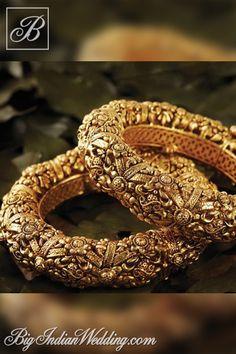 Jaipur Gems gold bangles