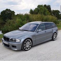 A credit to it's creator. Bmw 3 E46, E30, E46 Touring, Bmw Classic, Bmw Cars, Station Wagon, Sport Cars, Cars And Motorcycles, Apples