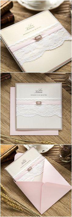 #weddinginvites romantische weiße Spitze Hochzeitseinladungskarten 2016 mit rosa Satinband