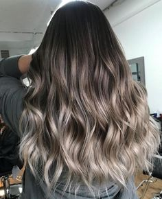 Ash brown balayage Ash brown balayage The post Ash brown balayage appeared first on Haar. Cool Tone Brown Hair, Brown Hair Shades, Brown Blonde Hair, Brown Hair Colors, Brunette Hair, Brown And Silver Hair, Ash Brown Balayage, Hair Color Balayage, Hair Highlights