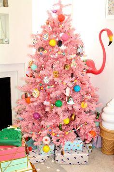 Our Tasty Treats Christmas Tree Reloaded & DIY Fairy Bread Ornaments!