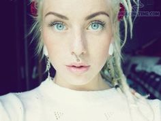 i heart her dreads and septum piercing