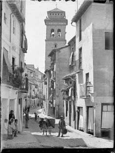 Fer Andalusia Spain, White Photography, Street View, Black And White, Architecture, Antiques, Travel, 1975, Pencil Drawings