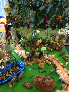 Rumble in the jungle small world Jungle Activities, Preschool Jungle, Classroom Activities, Activities For Kids, The Enormous Crocodile, Rainforest Project, Ecosystems Projects, Rumble In The Jungle, Dear Zoo