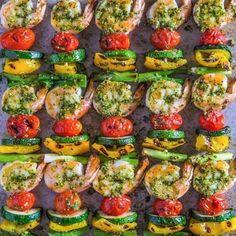 Shrimp And Vegetables Skewers Recipe - http://easy-lunch-recipes.com/shrimp-and-vegetables-skewers-recipe/