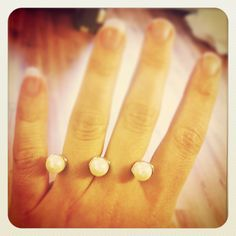 Beautiful pearl double finger ring.