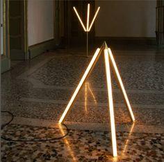 Michael Anastassiades [Lit Lines Floor Light 4]