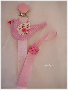 Passarinho cor de rosa