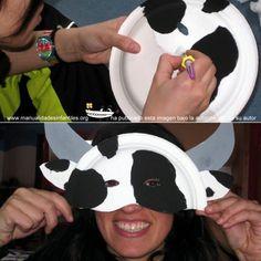mascaras de carnaval con platos: http://www.manualidadesinfantiles.org/mascaras-de-carnaval-con-platos/