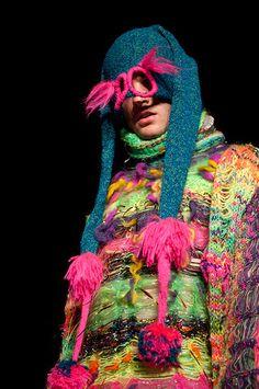 Jylle Navarro | Brighton Fashion Week 2012 Knitwear Fashion, Sweater Fashion, Glitch, Knit Sweater Outfit, Conceptual Fashion, Fashion Forever, Hand Knitted Sweaters, Weird Fashion, Knitting For Kids