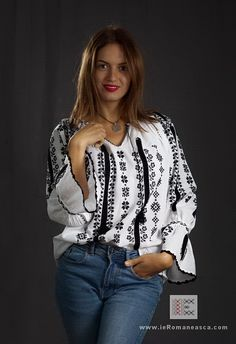 IA the Romanian Blouse. Here you can buy Romanian peasant blouses ie and folk costumes traditional clothes. Worldwide shipping for embroidered Romanian blouse Peasant Blouse, Blouse Dress, Bohemian Style, Boho, Folk Costume, Blouse Online, Ethnic Fashion, Traditional Outfits, Narnia 2