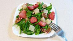 Ensalada de Spinaca con fresas y piña