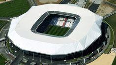 Parc Olympique Lyonnais (Lyon, 59 mil pessoas, estádio novo, de 2016) - R$ 1,6 bilhão