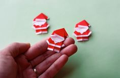 Make a tiny origami Santa | How About Orange Diy Origami, Cute Origami, Origami Noel, Origami Paper, Diy Paper, Oragami, Diy Crafts, Christmas Crafts, Christmas Decorations
