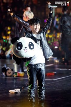 Seungri and all of the panda stuff on stage LOL