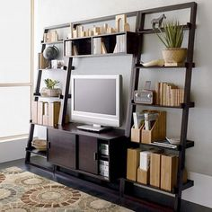 Ideas for choosing the right TV unit for the living room with panache and style, taking the need for space and functionality in mind.