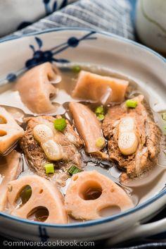 Lotus Root Soup With Pork Ribs (排骨莲藕汤) | omnivorescookbook.com