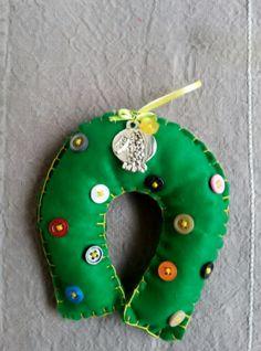 Handmade lucky Christmas petal Christmas Ornaments, Holiday Decor, Unique, Handmade, Home Decor, Hand Made, Decoration Home, Room Decor, Christmas Jewelry