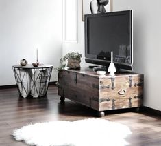 15 Beautiful Ways to Decorate With Trunks via Brit + Co