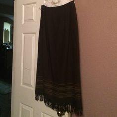 Beautiful dark olive & brown wool skirt Beautiful dark olive & brown wool skirt.  Perfect with any kind of shoe or boot Valerie Stevens Skirts A-Line or Full
