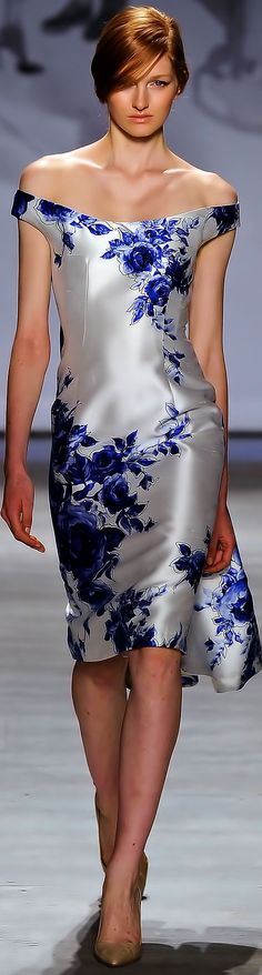 Need to figure out how to have the shimmer and blue flowers on a card....Lela Rose Spring Summer 2015 Ready-To-Wear