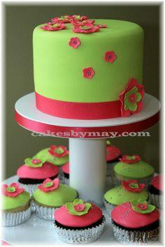 <3 Pink n Green cupcake wedding cake!!!