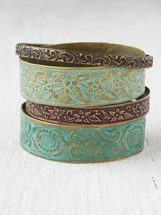 ☯☮ॐ American Hippie Bohemian Style ~ Boho free people turquoise bangle bracelets Bangle Bracelets, Bangles, Blue Bracelets, Metal Bracelets, Stretch Bracelets, Jewelry Box, Jewelry Accessories, Boho Jewelry, Moda Boho