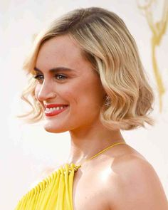 Classic Side Hairstyle Ideas For Women (16)