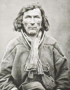 Mikel Mikelsen Hetta. A Sami man, Kautokeino, Norway, 1884. Samisk mann fra Kautokeino i Norge. Foto publisert i 1884.