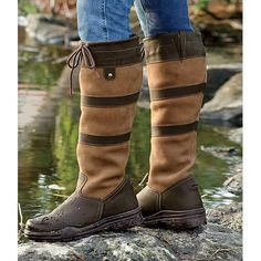 A favorite style among riders and non-riders alike, the Middleburg All Weather Boot is stylish and comfortable for the barn, the saddle or around town. Waterproof foot and water resistant upper keep you nice and dry in all weather.