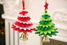 Christmas Crafts Sewing, Baby Christmas Ornaments, Easy Diy Christmas Gifts, Christmas Tree Design, Christmas Bells, Simple Christmas, Photo Frame Ornaments, Photo Frame Crafts, Foam Crafts