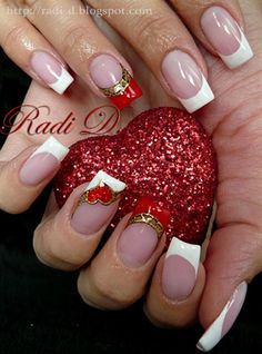 Sparkling Heart & Vintage by RadiD from Nail Art Gallery