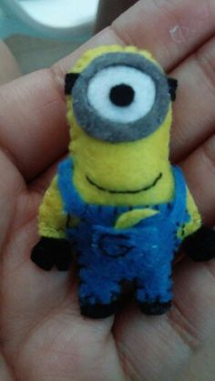 Minion de fieltro