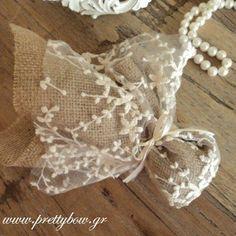 Αποτέλεσμα εικόνας για μπομπονιερες γαμου με λινατσα κ τουλι