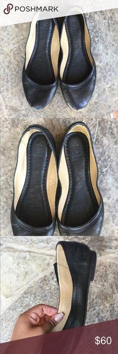 Frye Carson ballet flats Little to no signs of wear, lots of life left. Size 7 1/2B Frye Shoes Flats & Loafers