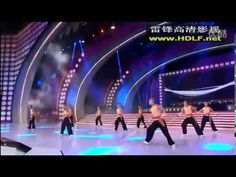 ▶ Donnie Yen Wing Chun and Tai Chi performance Show Live - YouTube: Donnie Yen opens the show, but most of it is tai chi-based choreography combined with wing chun.