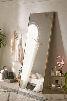 Bellevue Interior, bedroom, bedroom inspo, firefly lights, modern, design, interior design, DIY, minimalist, Scandinavian, decoration, decor, ideas, decoration ideas, inspiring homes, minimalist decor, Hygge, furnishings, home furnishings, decor inspiration, photos Mirror | Urban Outfitters