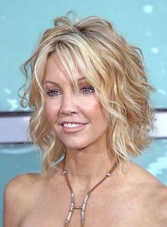 Ultimate Guide to Short Wavy Hairstyles . Pretty sure I'm going there. Short Wavy Hairstyle For Thin Hair. Pretty sure I'm going there. Short Wavy Hairstyle For Thin Hair Thin Curly Hair, Short Thin Hair, Curly Bob, Curly Short, Medium Curly, Short Cuts, Short Layers, Frizzy Hair, Short Blonde