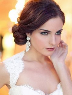 Love Wedding hairstyles for medium length hair? wanna give your hair a new look ? Wedding hairstyles for medium length hair is a good choice for you. Here you will find some super sexy Wedding hairstyles for medium length hair, Find the best one for you, Updos For Medium Length Hair, Short Hair Updo, Short Wedding Hair, Wedding Hair And Makeup, Short Hair Styles, Hair Makeup, Trendy Wedding, Chignon Hairstyle, Medium Hairstyle